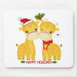 Buenas fiestas jirafas del amor alfombrillas de ratón