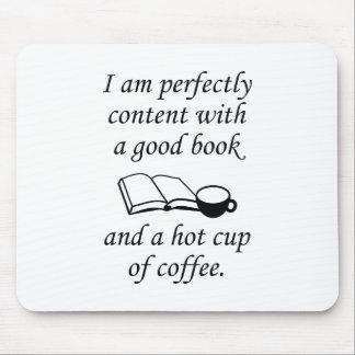 Buenos libro y café alfombrilla de ratón