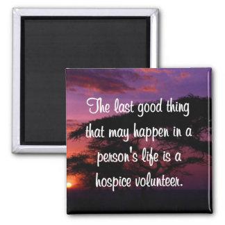 Buenos trabajos del voluntario del hospicio imán cuadrado