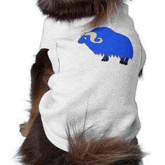 Buey azul con los cuernos encrespados playera sin mangas para perro