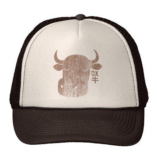 Buey chino del zodiaco en gorra del vintage del ka