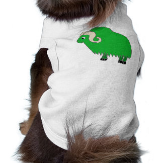 Buey verde con los cuernos encrespados playera sin mangas para perro