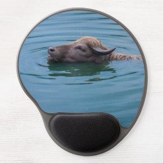 Búfalo de agua de la natación alfombrillas de ratón con gel