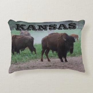 Búfalo de Kansas y almohada de la yuca Cojín
