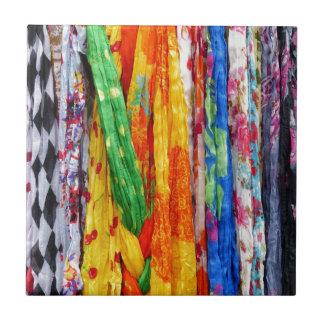 Bufandas coloridas azulejo ceramica