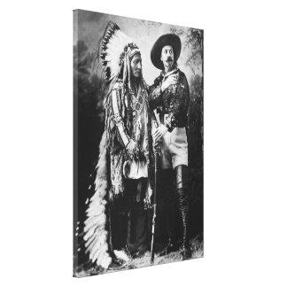Buffalo Bill Cody y sentada Bull - circa 1885 Lona Envuelta Para Galerias