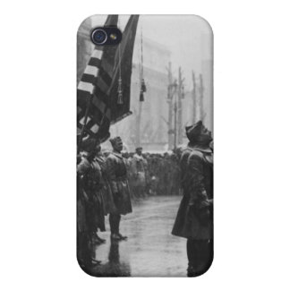 """""""Buffalo"""" Soldiers Returning Colors - 1919 iPhone 4 Case"""