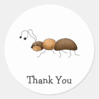Buggin usted otra vez · Hormiga de Brown Pegatinas Redondas