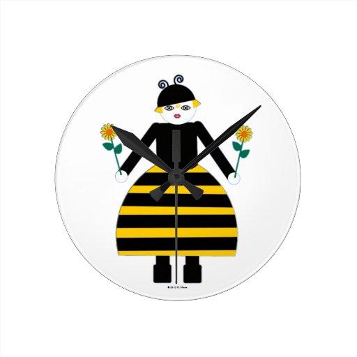 Buggy Martzkin Honey Bee Wall Clock