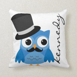 Búho azul con la almohada del bigote y del cojín decorativo