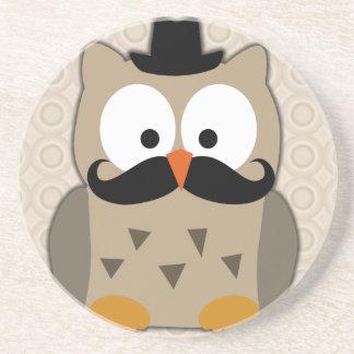 Búho con el bigote y el gorra posavasos manualidades