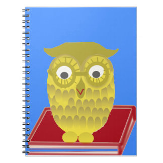 búho con el libro rojo libretas