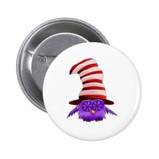 Búho con un gorra pin