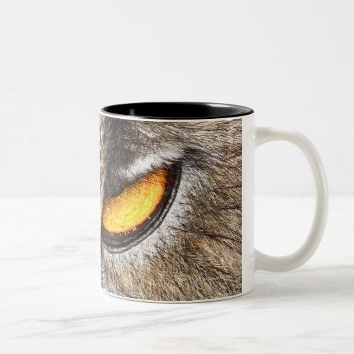 Búho de Eagle del eurasiático (bubón del bubón) Taza De Dos Tonos