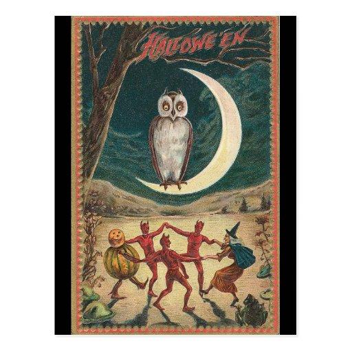 Búho de Halloween en la luna Postal