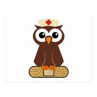 Búho de la enfermera (w/bandaid) postal