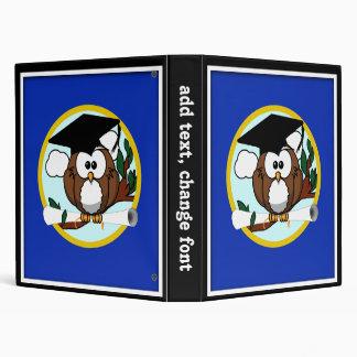 """Búho de la graduación con el casquillo y el carpeta 1"""""""