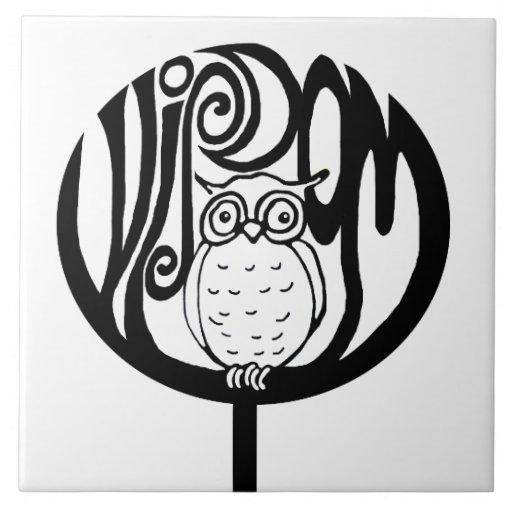 Búho de la sabiduría en un árbol azulejo cerámica