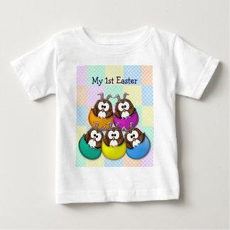 Búho de Pascua - arco iris Tee Shirts