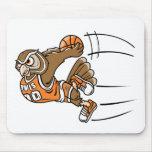 Búho del baloncesto tapete de ratón