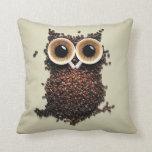 Búho del café almohada