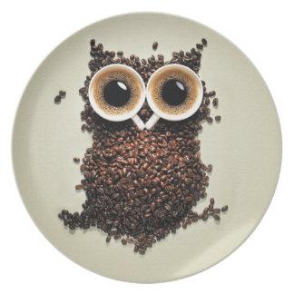 Búho del café plato de comida