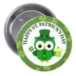 Búho del día de St Patrick con la cerveza verde Pins