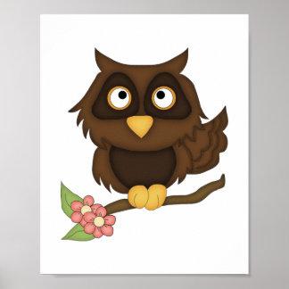 Búho del dibujo animado marrón posters