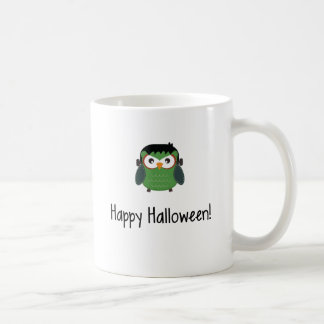 Búho del feliz Halloween en traje Tazas De Café