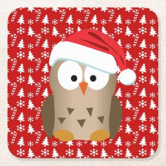 Búho del navidad con el gorra de Santa Posavasos Desechable Cuadrado