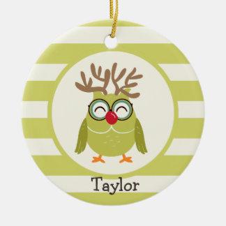 Búho del navidad con las rayas retras verdes adorno navideño redondo de cerámica