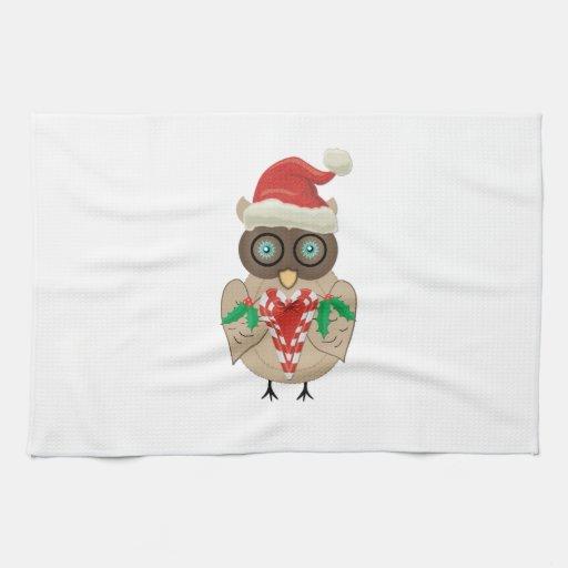 Búho del navidad (dibujado por ©dollface766) toallas