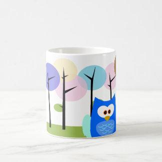 Búho del peekaboo taza clásica