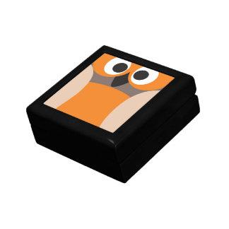 Búho divertido el mirar fijamente caja de recuerdo