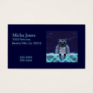 Búho en la guinga de la noche tarjetas de visita