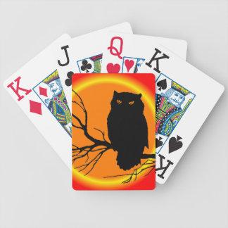 Búho fantasmagórico barajas de cartas