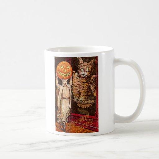 Búho fantasmagórico de los saludos retros de taza de café