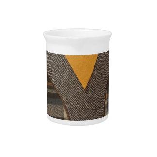 Búho hecho a mano jarra para bebida