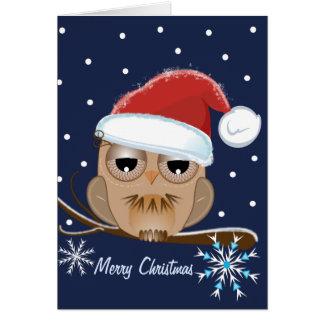 Búho lindo con la tarjeta del gorra de Santa