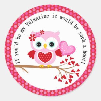 Búho lindo de la tarjeta del día de San Valentín Pegatina Redonda