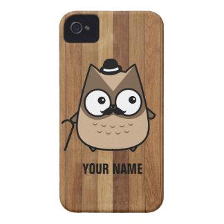 Búho lindo del marrón del bigote - personalizado Case-Mate iPhone 4 cobertura