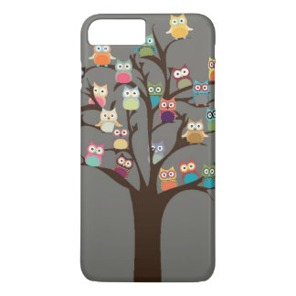 Búho lindo en fondo del árbol el | funda iPhone 7 plus