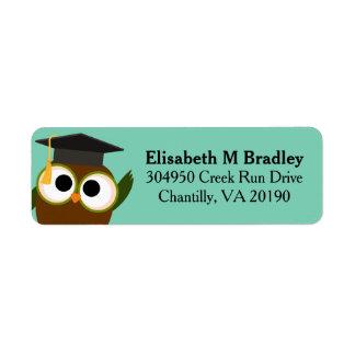 Búho lindo personalizado de la graduación etiqueta de remitente