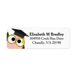 Búho lindo personalizado de la graduación - rosa etiqueta de remitente