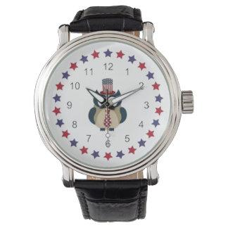 Búho patriótico con las estrellas relojes de mano