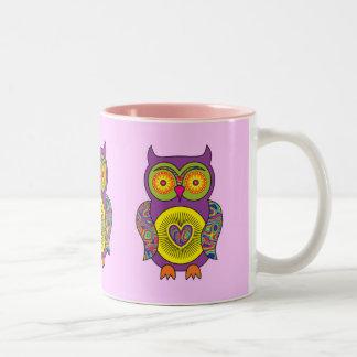 Búho psicodélico púrpura taza de dos tonos