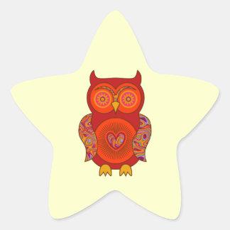 Búho psicodélico rojo pegatinas forma de estrellaes personalizadas