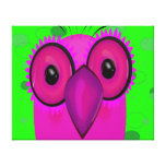 Búho púrpura enrrollado del dibujo animado en fond lienzo envuelto para galerías