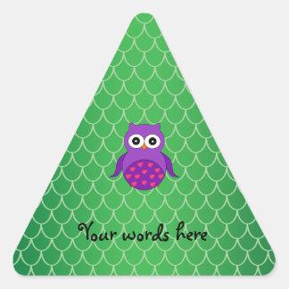 Búho púrpura lindo pegatina de trianguladas