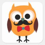 Búho retro con el bigote del bigote del manillar pegatinas cuadradas personalizadas